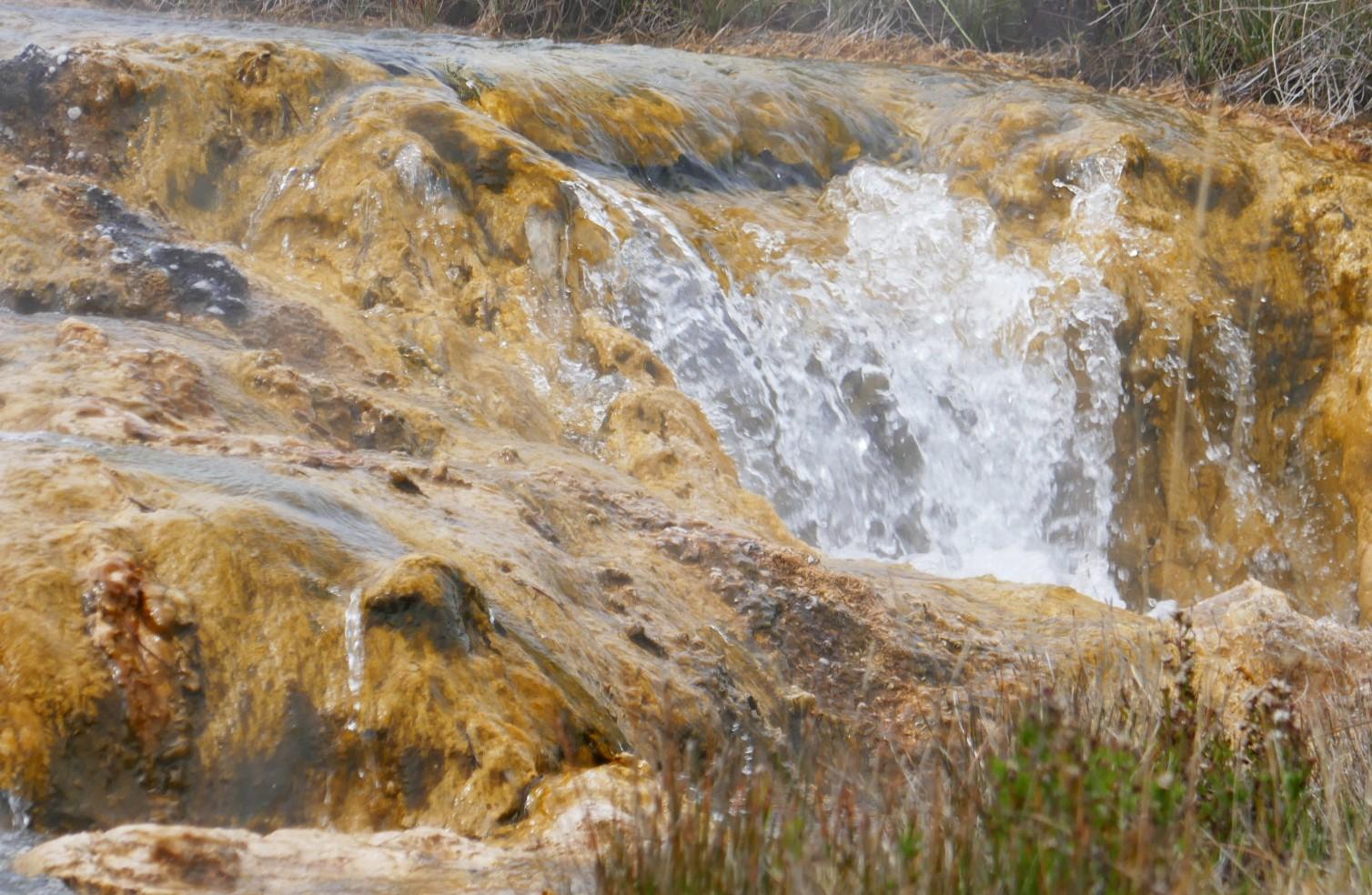 C'est chaud, ruisseau du Geyser Impérial