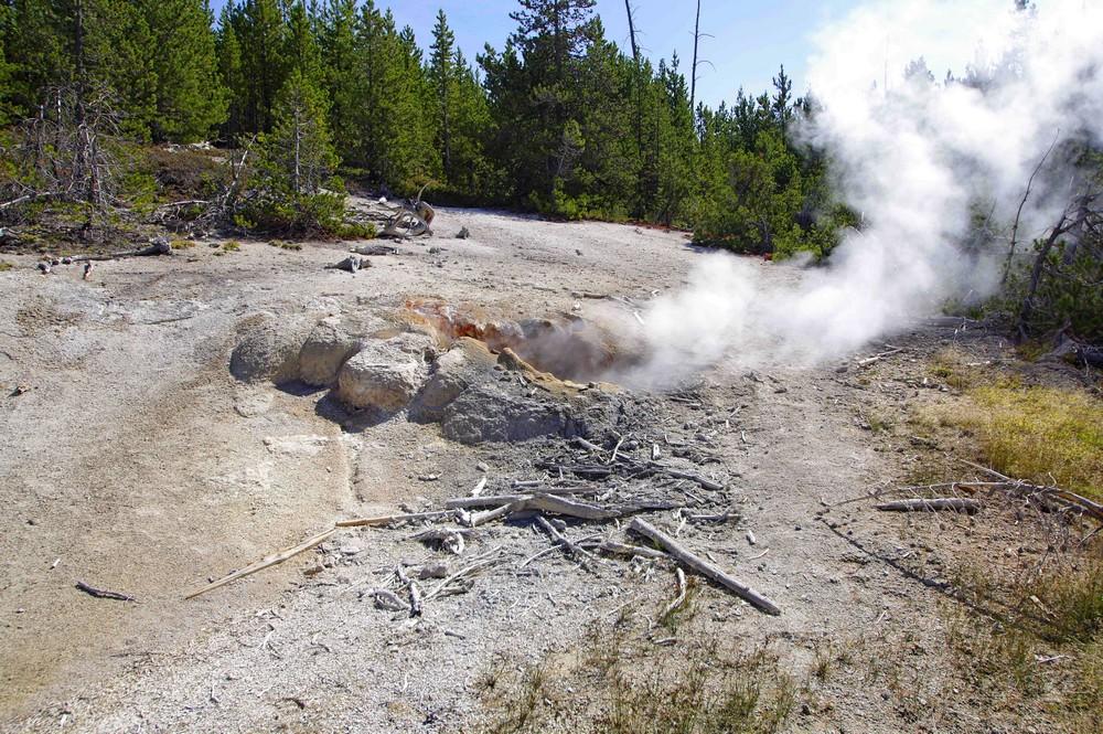 Vapeur sulfureuse dans le plateau Norris