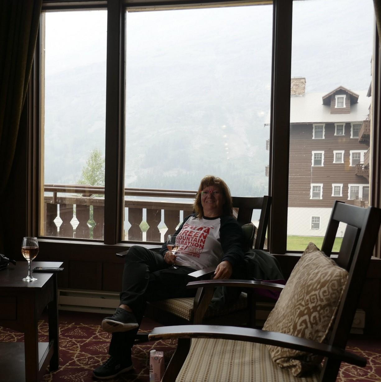 Hotel  Many Glacier