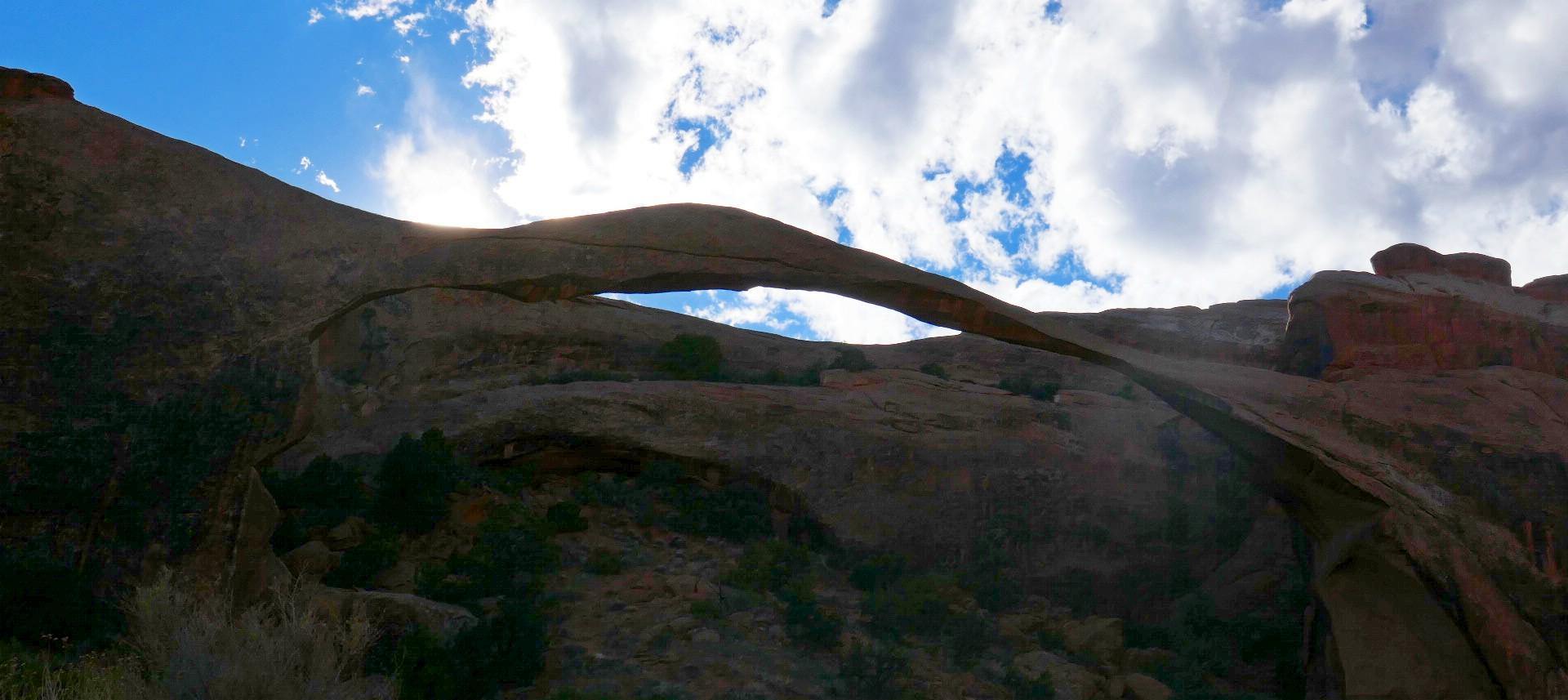 Arche landscape de 350 pieds de long